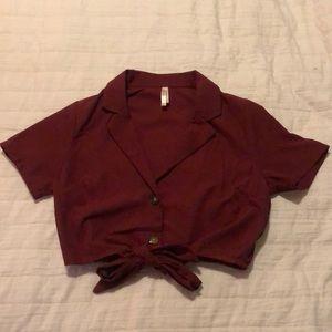 Buttoned, tied, burgundy short sleeve crop top
